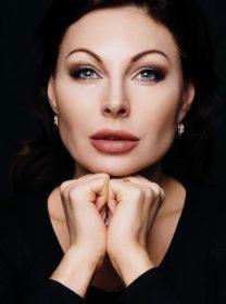 Наталья Бочкарева исполнила роль Даши Букиной в сериале Счастливы вместе