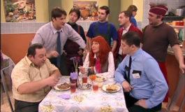 Все жёны делают это – фото момента из 39 серии 4 сезона сериала Счастливы вместе